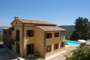Italian Farmhouse in th Niccone Valley property to rent